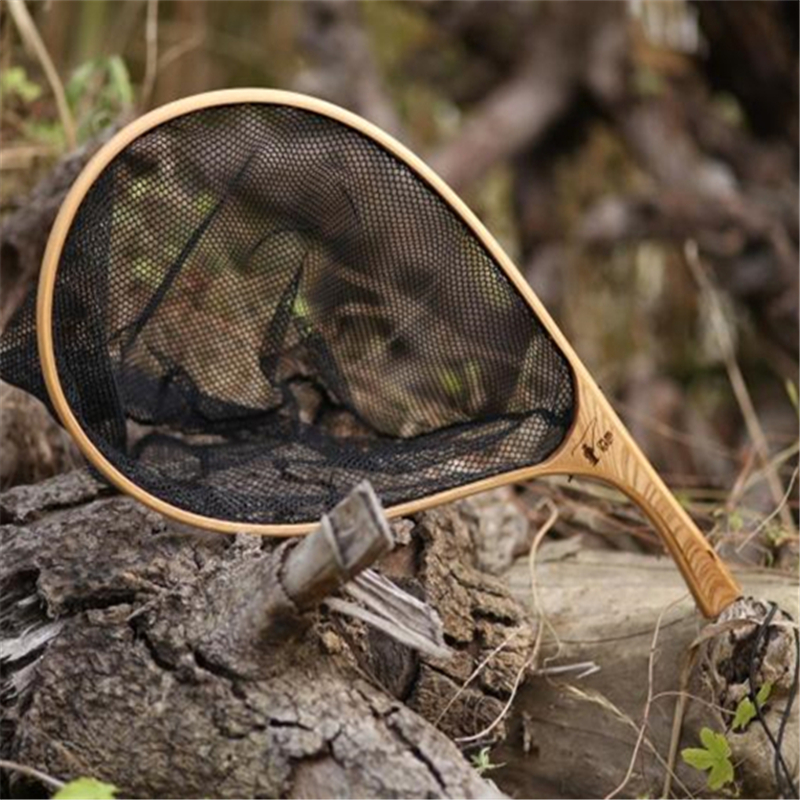 Fly fishing net with wooden handle great design and for Wooden fishing net